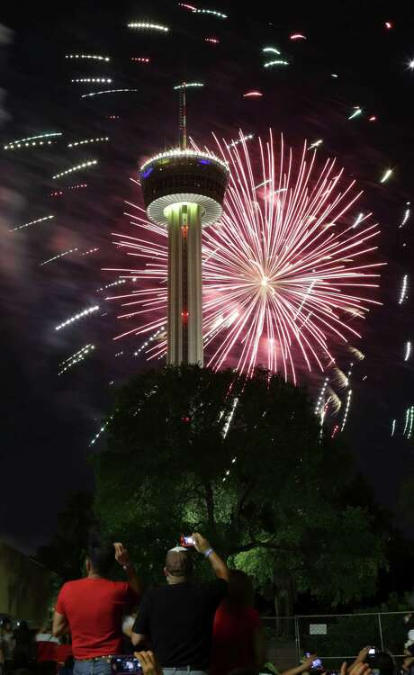 Stars and Stripes over San Antonio Celebration of the Fourth of July with fireworks at HemisFair Park sponsored by the Greater San Antonio Chamber of Commerce, on Thursday, July, 4, 2013. Photo: Bob Owen, San Antonio Express-News / ©2013 San Antonio Express-News