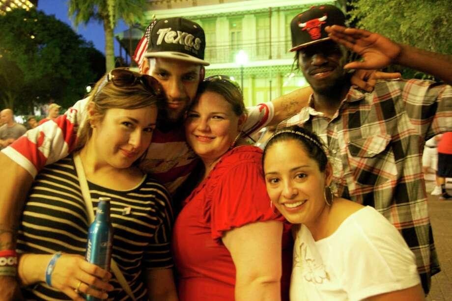 Fourth of July celebrations at Hemisfair Park Photo: Xelina Flores-Chasnoff