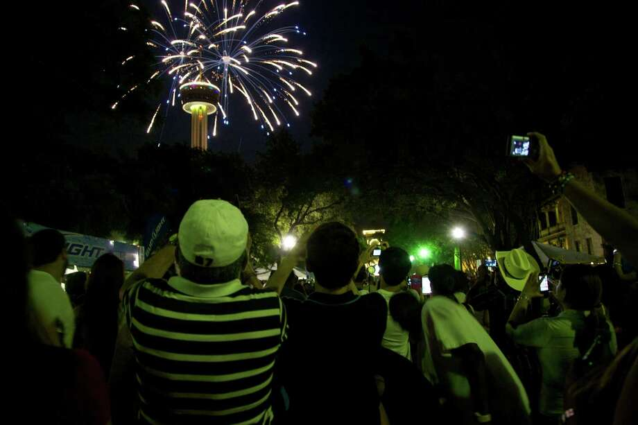 Fourth of July celebrations at Hemisfair Park Photo: Xelina Flores-Chasnoff