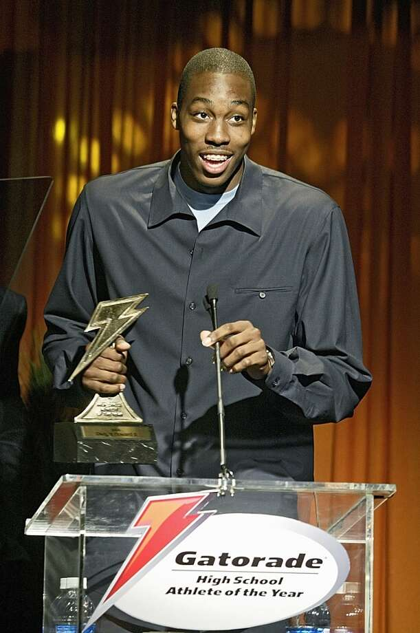 Howard was named the Gatorade male high school athlete of the year for the 2003-04 school year. Photo: Damian Dovarganes, Associated Press