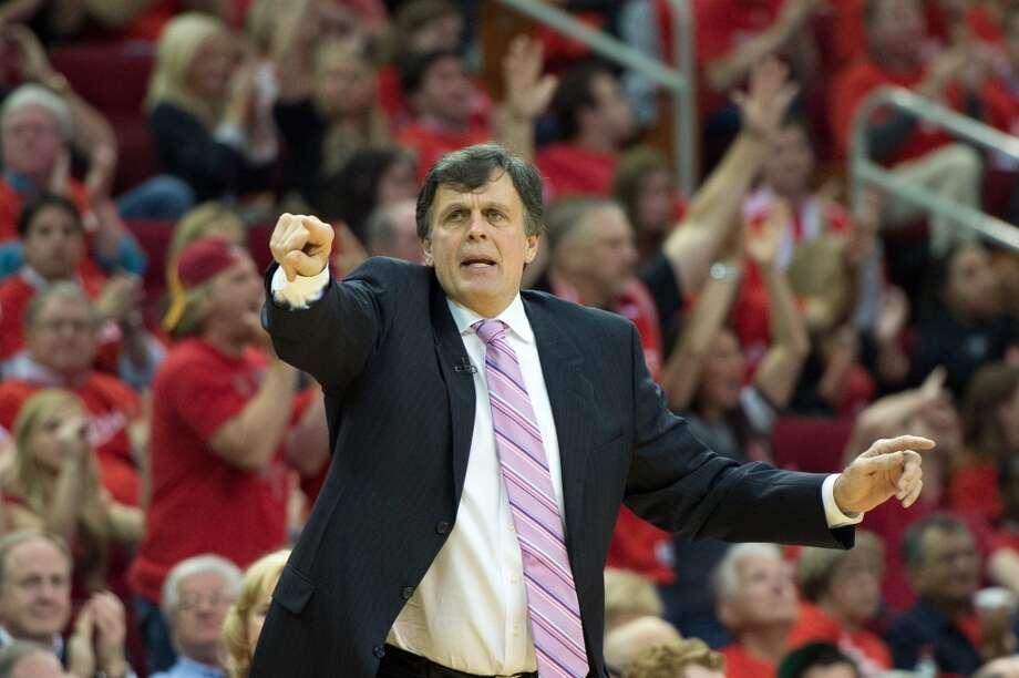 Rockets coach Kevin McHale