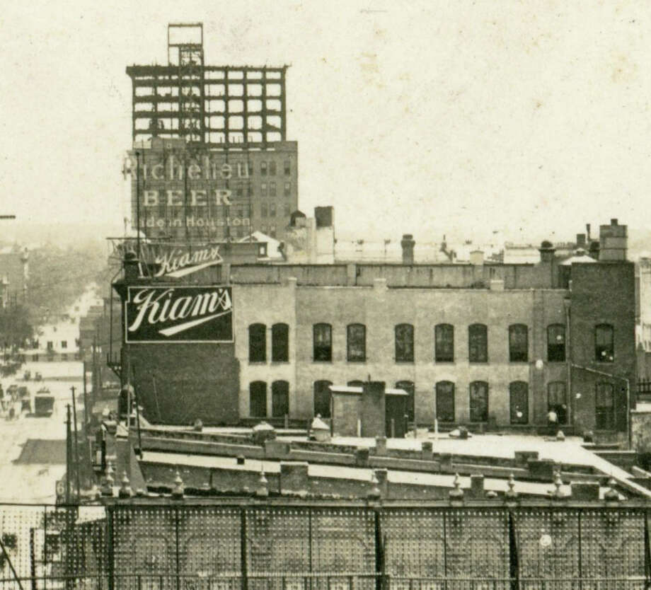 Carter Building under construction around 1910.