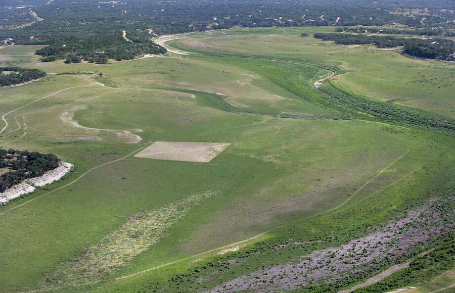 Drought conditions on Medina Lake, on Monday, July 1, 2013. The lake is currently at 5.2 percent full. Photo: Bob Owen, San Antonio Express-News / © 2012 San Antonio Express-News
