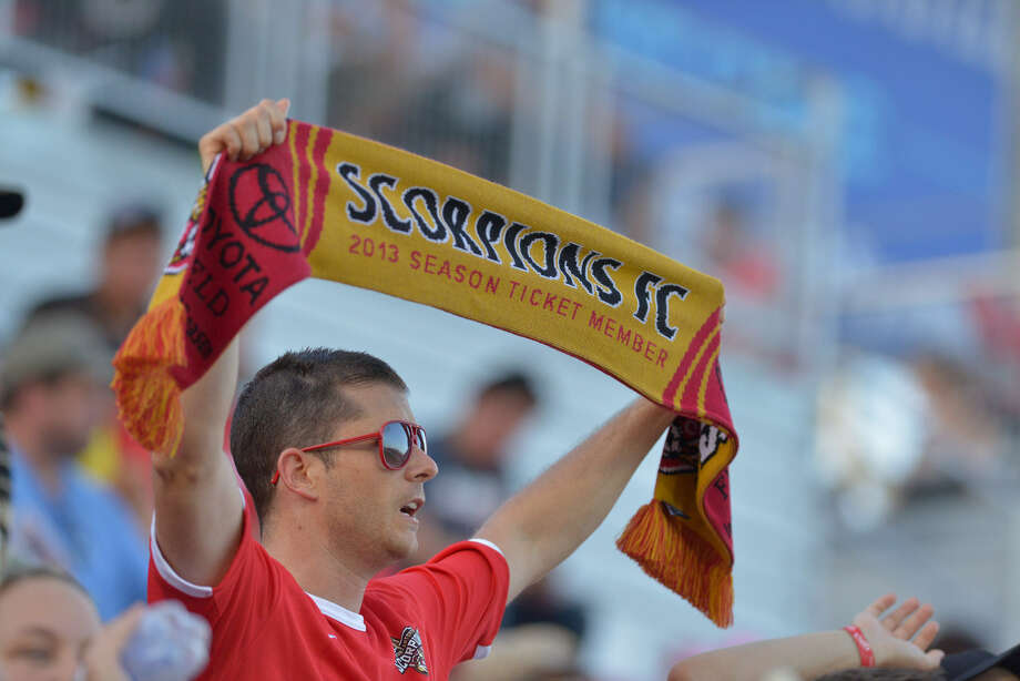 The Scorpions hope their push to attract Hispanic fans will drive an increase in the teams' ticket sales.