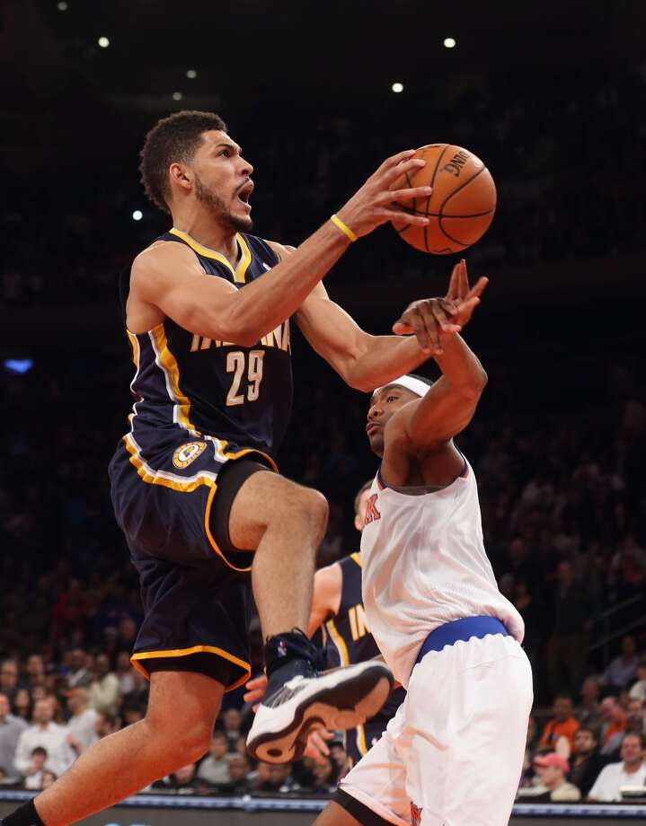 James White #4 of the New York Knicks fouls Jeff Pendergraph #29 of the Indiana Pacers in the fourth quarter at Madison Square Garden on November 18, 2012 in New York City. (Bruce Bennett / Getty Images)