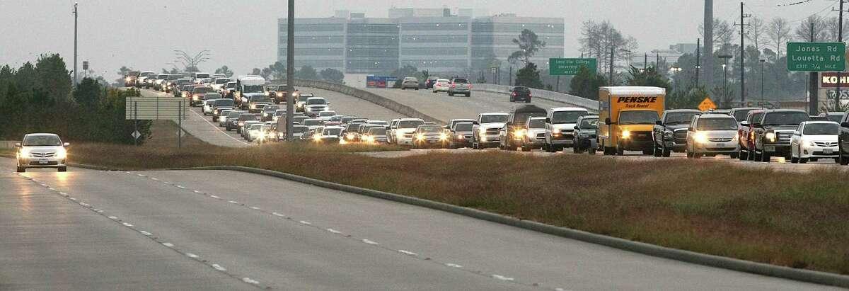 Evening rush hour congestion on Highway 249, Friday, Dec. 14, 2012, in Houston. ( Nick de la Torre / Houston Chronicle )