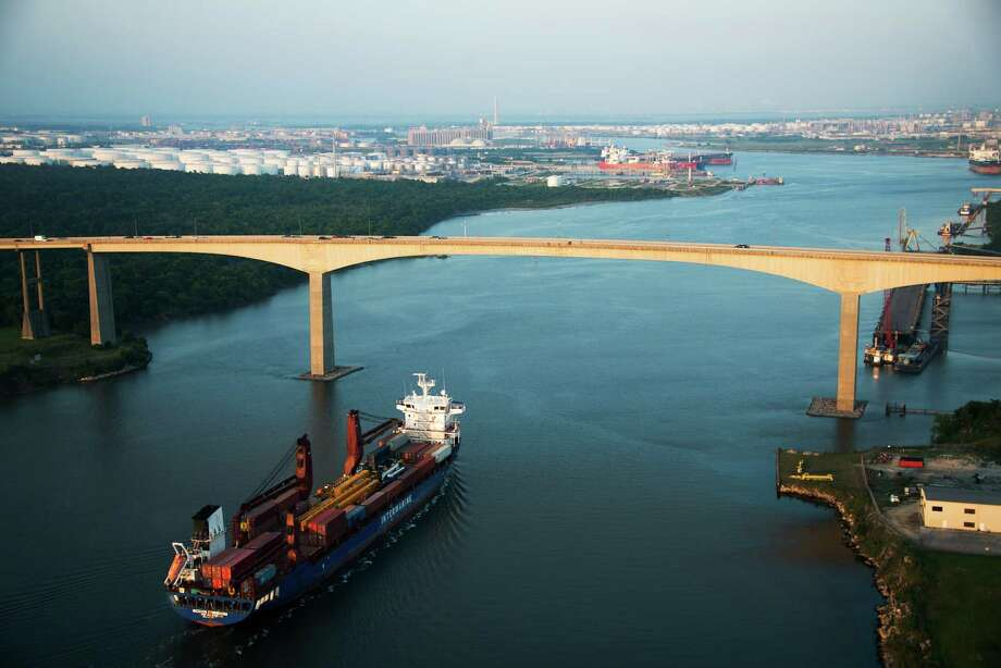 Distraction: Ships sailing in Houston Ship ChannelWhere: Under the Beltway 8 bridgeWhy: It's an amazing sight to see floating freight move in and out of the channel, generating revenue for our local econ ... Oh! You almost hit someone. Pay attention to the road, please. Photo: Smiley N. Pool, Staff / © 2013  Houston Chronicle