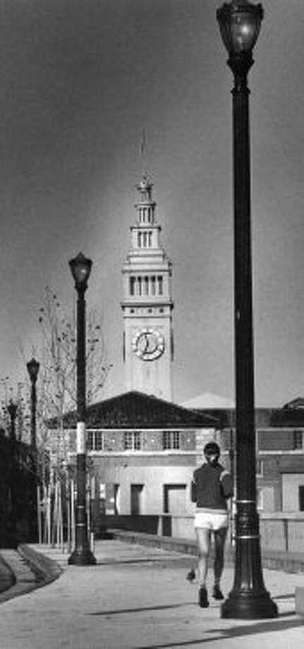 Doss Walk, Rincon Point. December 13, 1982.