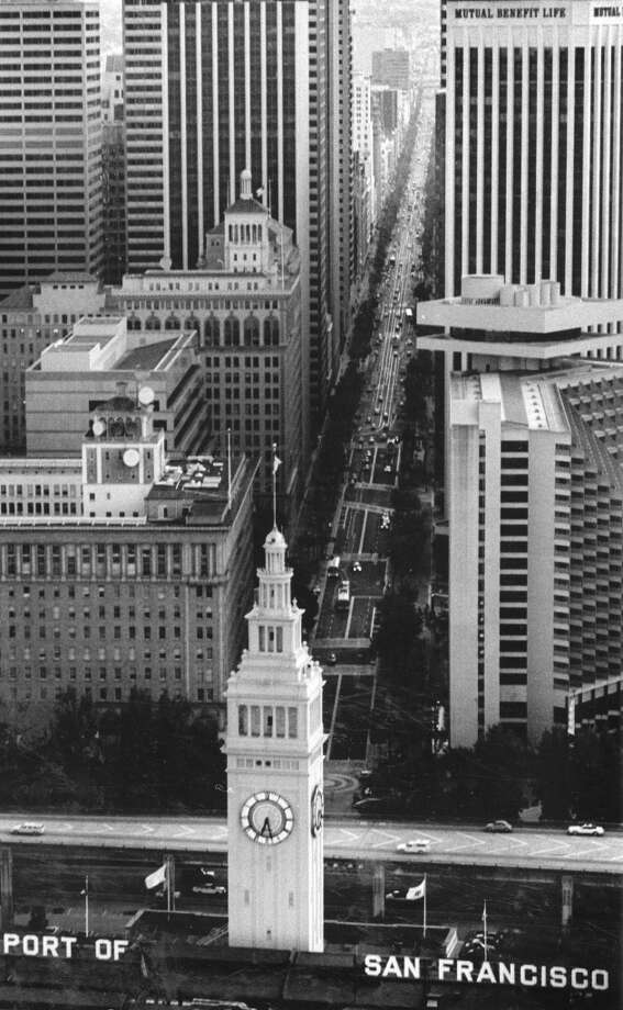 Aerial photographs of the Ferry Building and Market Street.  August 27, 1986.