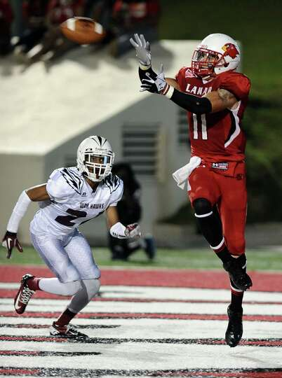 Lamar  wide receiver Kevin Johnson makes a catch at the end of the second quarter for a touchdown du