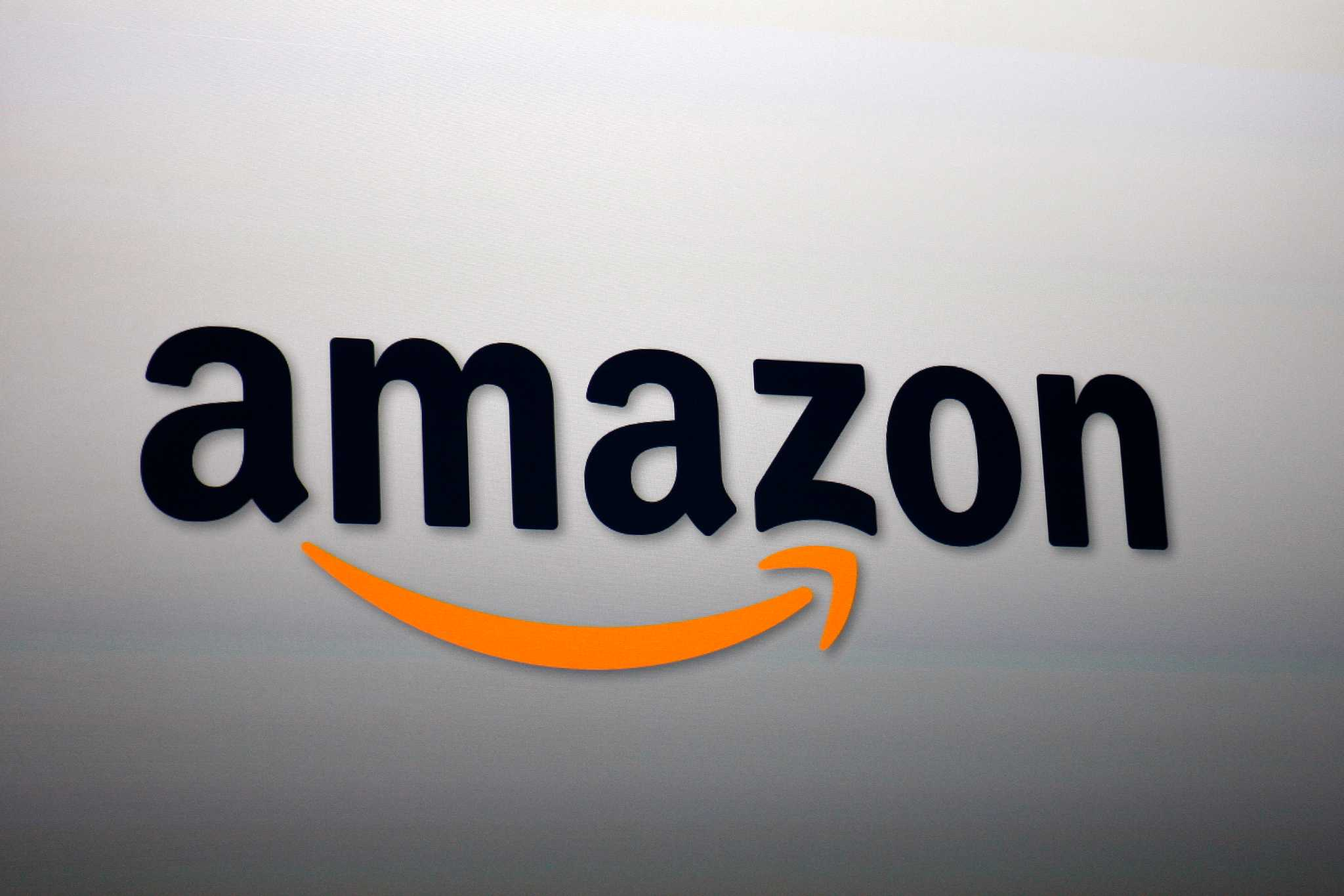 Amazon earns 'F' on chemical-disclosure report card