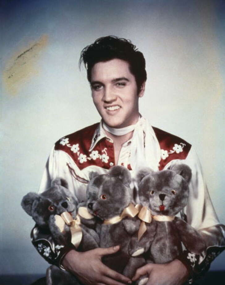 Celebs who believe in UFOs: Elvis Presley Photo: Michael Ochs Archives / Michael Ochs Archives