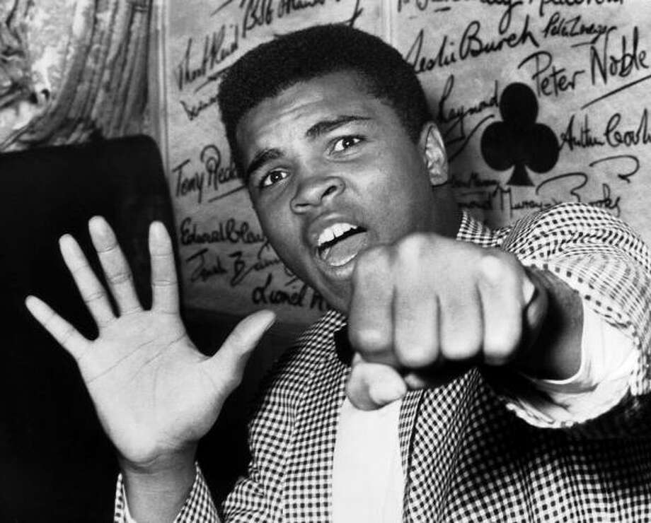 Muhammad Ali Photo: Keystone-France, Gamma-Keystone Via Getty Images / 1963 Keystone-France