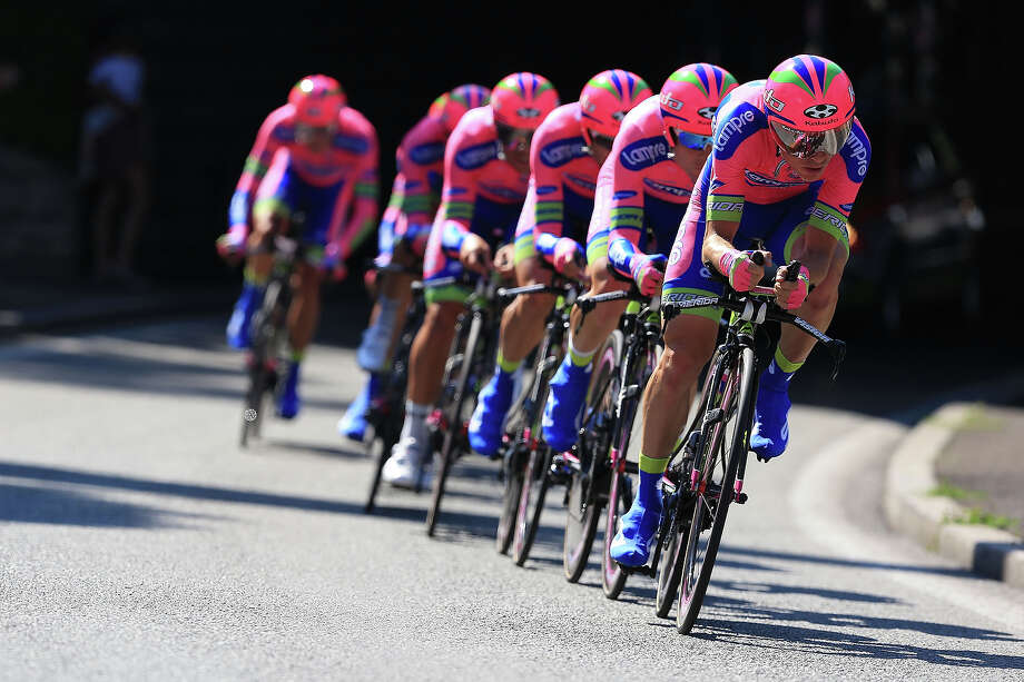Team Lampre-Merida in action during stage four of the 2013 Tour de France, a 25KM Team Time Trial on July 2, 2013 in Nice, France. Photo: Doug Pensinger, Getty Images / 2013 Getty Images