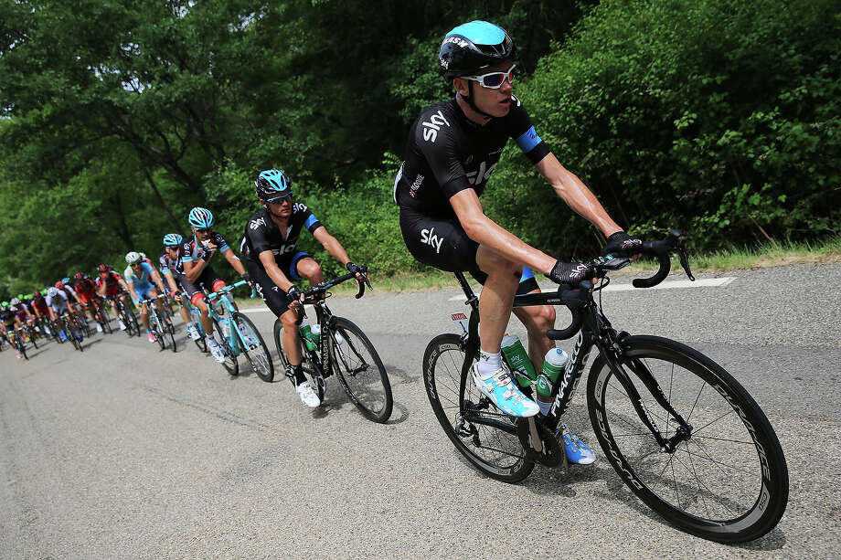 Chris Froome of Great Britain and Team Sky Procycling leads the peloton during stage five of the 2013 Tour de France, a 228.5KM road stage from Cagnes-sur-mer to Marseille, on July 3, 2013 in Marseille, France. Photo: Doug Pensinger, Getty Images / 2013 Getty Images