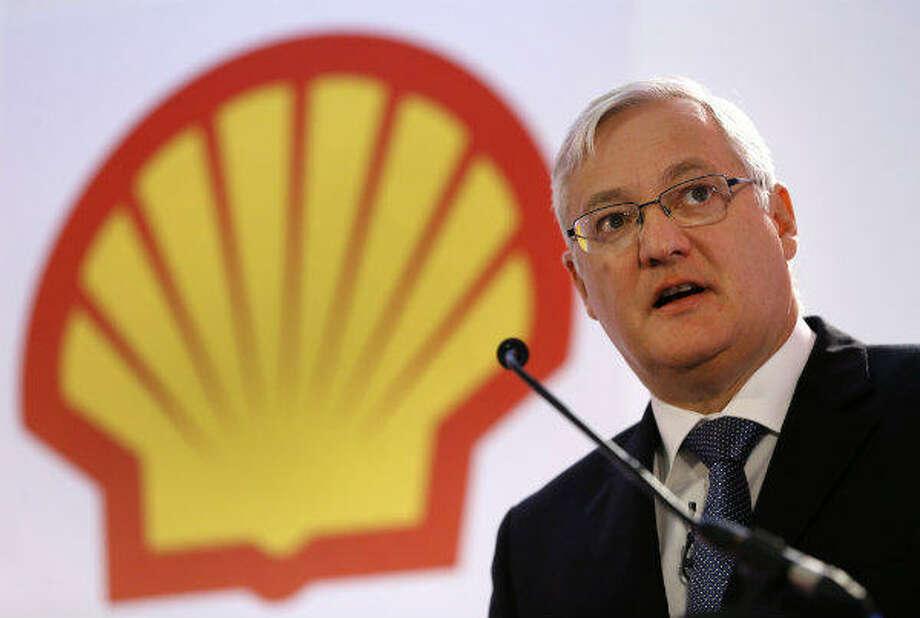 1. Royal Dutch Shell  Previous Rank: 1 Revenue: $481.7 billion Profits: $26.6 billion Photo: AFP PHOTO / BEN STANSALLBEN STANSALL/AFP/Getty Images