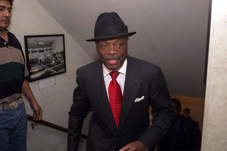 Mayor Willie Brown hurries to his election dinner at Alioto's Fishermans Wharf restaurant in November 1999.