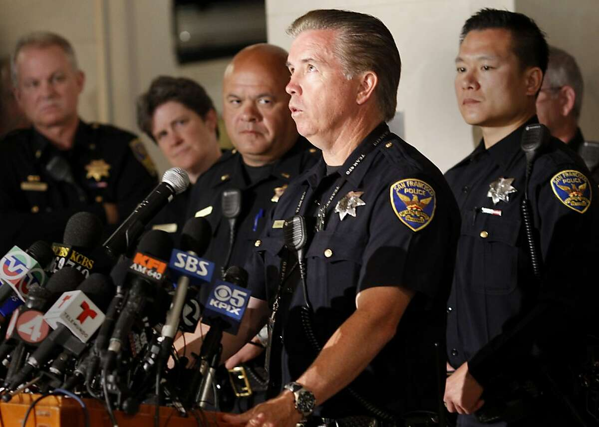 Jim Cunningham, a San Francisco police officer stationed at the airport, recalled going back into the crashed plane twice Monday July 8, 2013 to check for survivors. First responders to the Asiana Flight 214 crash talked about their experiences at a press conference at the SFO museum.