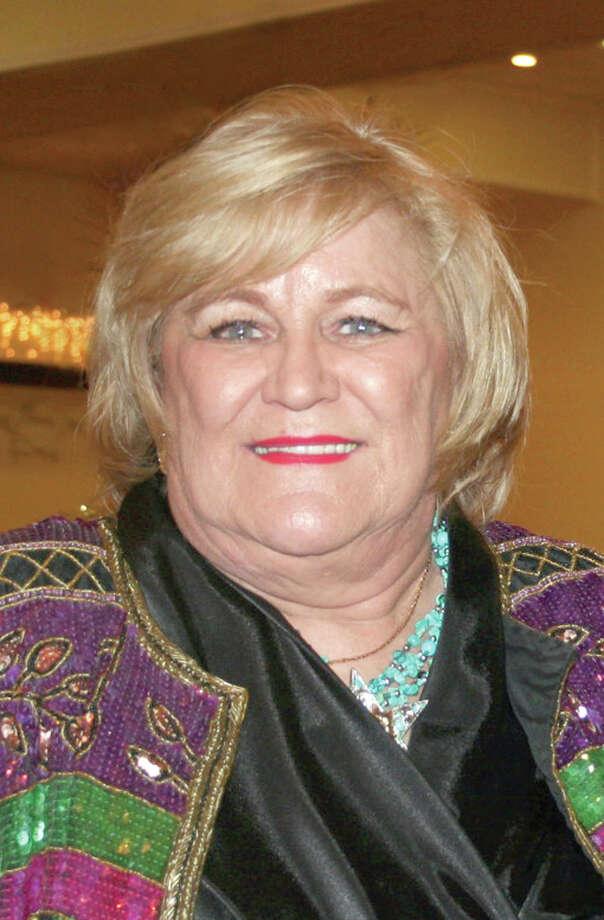 Beverly Karen Carter was a schoolteacher for 10 years before entering newspaper journalism.