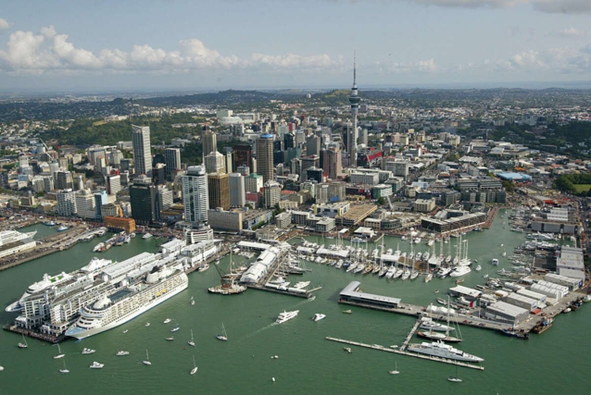 #3 - New Zealand: The United Nations says New Zealand has an obesity rate of 26.5%. That said, it's really hard to find a picture of anyone in New Zealand eating or looking unhealthy, so here's a nice photo of a harbor in Auckland instead. (Source: United Nations)