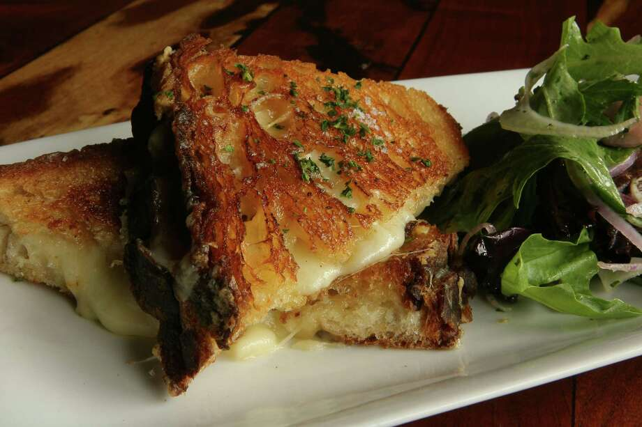The Gravitas Grilled Cheese Sandwich is a featured dish at Gravitas restaruant at 807 Taft. Their version uses sourdough bread with Gruyere cheese. (Saturday, Sept. 1, 2007, in Houston. ( Steve Campbell / Chronicle) Photo: Steve Campbell, Staff / Houston Chronicle