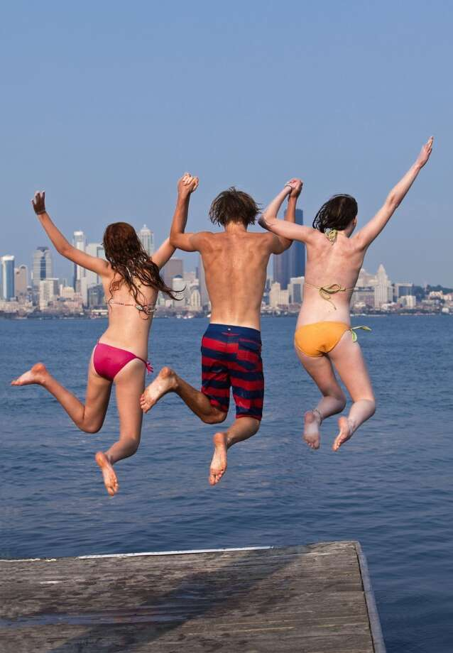May 2016 has tied for the  third-warmest in Sea-Tac history at 59.8 degrees by average  temperature, tying 1992 and coming up just short of the record of 60.4  degrees set in 1958. Photo: Werran & Ochsner, Getty Images