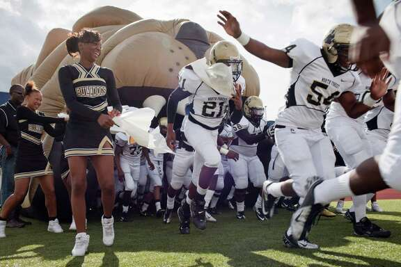 When North Forest hits the field this fall, the Bulldogs will be trying to build on the success of an 11-1 season in 2012 while making the transition to HISD after an annexation became official on July 1.