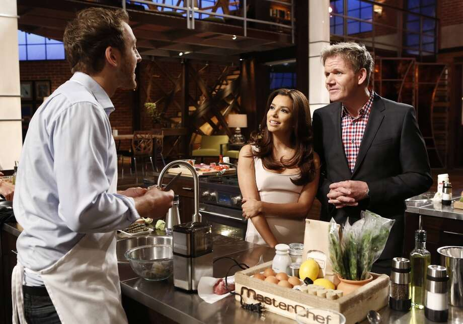 MASTERCHEF: L-R: Contestant Luca with guest Judge Eva Longoria and Gordon Ramsay on MASTERCHEF airing Wednesday, on FOX.