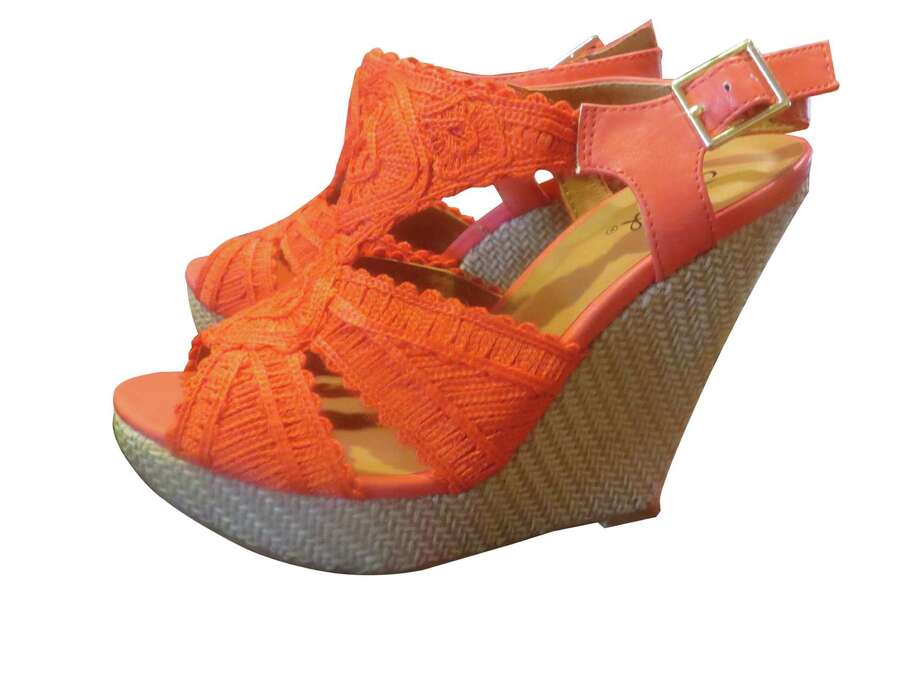 Evolve Boutique carries these trendy coral wedges by Qupid, $40. Photo: Jennifer Rodriguez / For The Express-News