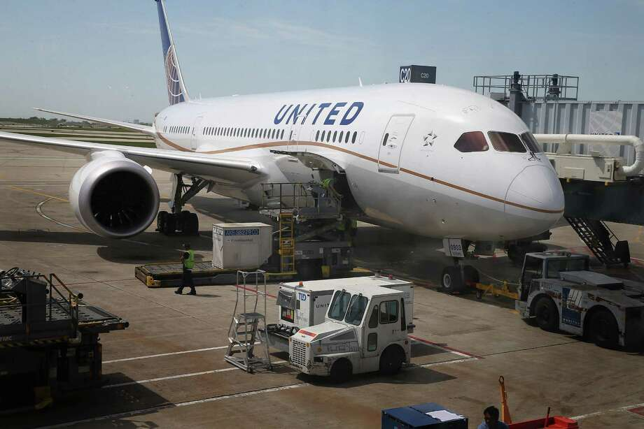 United Airlines: $25 for the first bag, $35 for the second and $100 for any additional. United was the first to boost its change fee from $150 to $200 for domestic reservations, making the change in April. Photo: Scott Olson, Getty Images / 2013 Getty Images