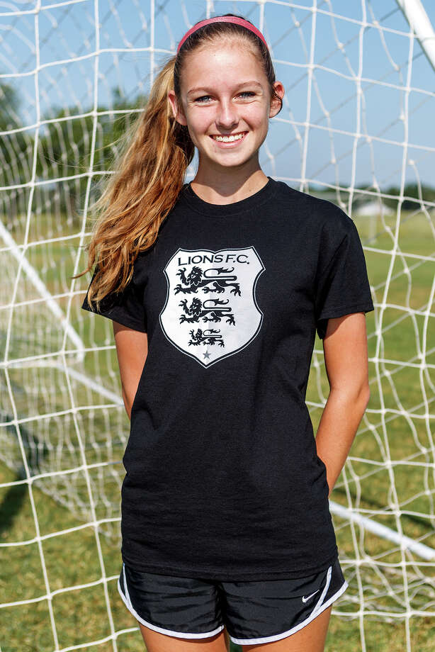 Lions FC '96's Melody Wiley of Judson Photo: Marvin Pfeiffer, San Antonio Express-News / Express-News 2013