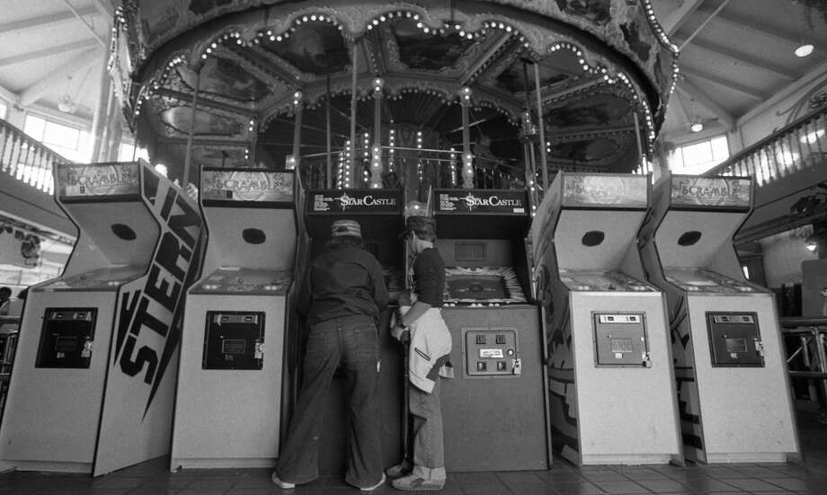 "Sept. 13, 1981: According to the story, the carousel at Pier 39 was barely used in 1981 -- the video games made it hard to find the entrance. Note the strong ""Close Encounters"" vibe here ..."