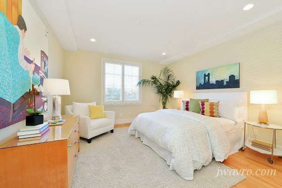 This bedroom too. Photos via J Wavro/Trulia.