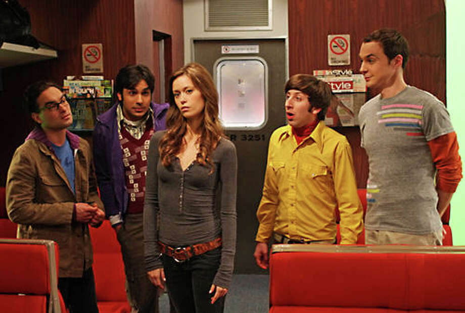 Summer Glau plays herself on 'The Big Bang Theory' Photo: CBS