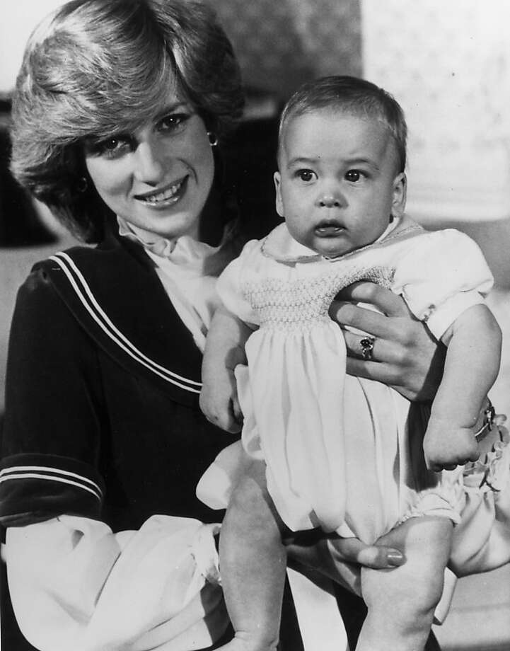 Diana, Princess of Wales, poses with her son Prince William at Kensington Palace, December 22, 1982.  Photo: Fox Photos