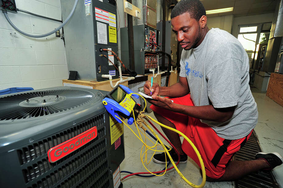 San Jacinto College's Men of Honor program helped Aaron Moore, who earned an associate's degree in air conditioning technology and will transfer to the University of Houston. Photo: Provided By San Jacinto College