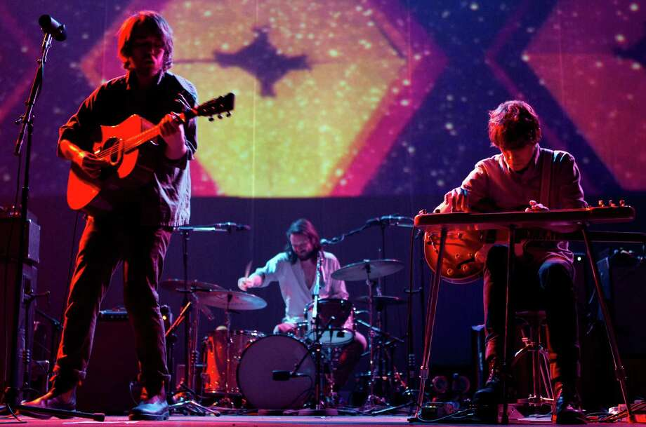 "Seattle band Fleet Foxes became a big freakin' deal in 2008, when they released their second EP, ""Sun Giant,"" and their eponymous first full-length album.Robin Pecknold, a singer and songwriter for the band, lists a litany of influences on the group, such as Peter Paul & Mary, Bob Dylan, The Byrds, Neil Young, Crosby Stills and Nash, The 