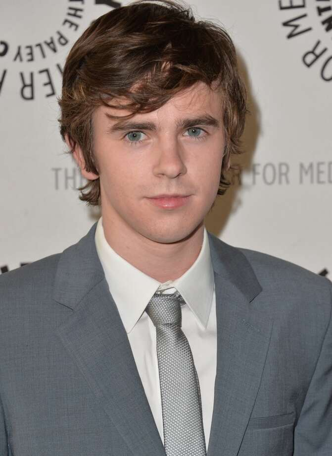 "Freddie Highmore plays American Norman Bates on ""Bates Motel,"" but he is from England."