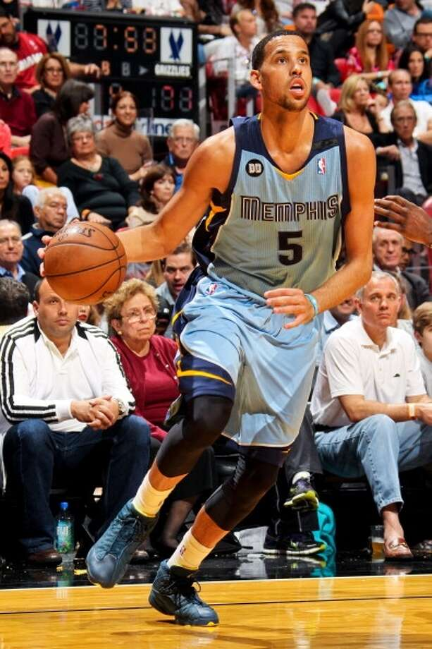 Austin Daye  Former team: Memphis Grizzlies  New team: Toronto Raptors Photo: Issac Baldizon, NBAE Via Getty Images