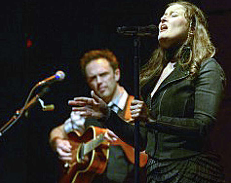 Grammy Award-winning singer and songwriter Paul Cole will perform Friday night at the Fairfield Theatre Co. on Sanford Street. Her performance promises to be one of the weekend highlights in town. Photo: Contributed Photo / Fairfield Citizen contributed