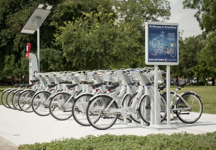 Go on a bike ride. Exercise is a great way to remove stress and cycling around San Antonio can be a fun outing. If you don't have a bike, you can rent a B-Cycle.