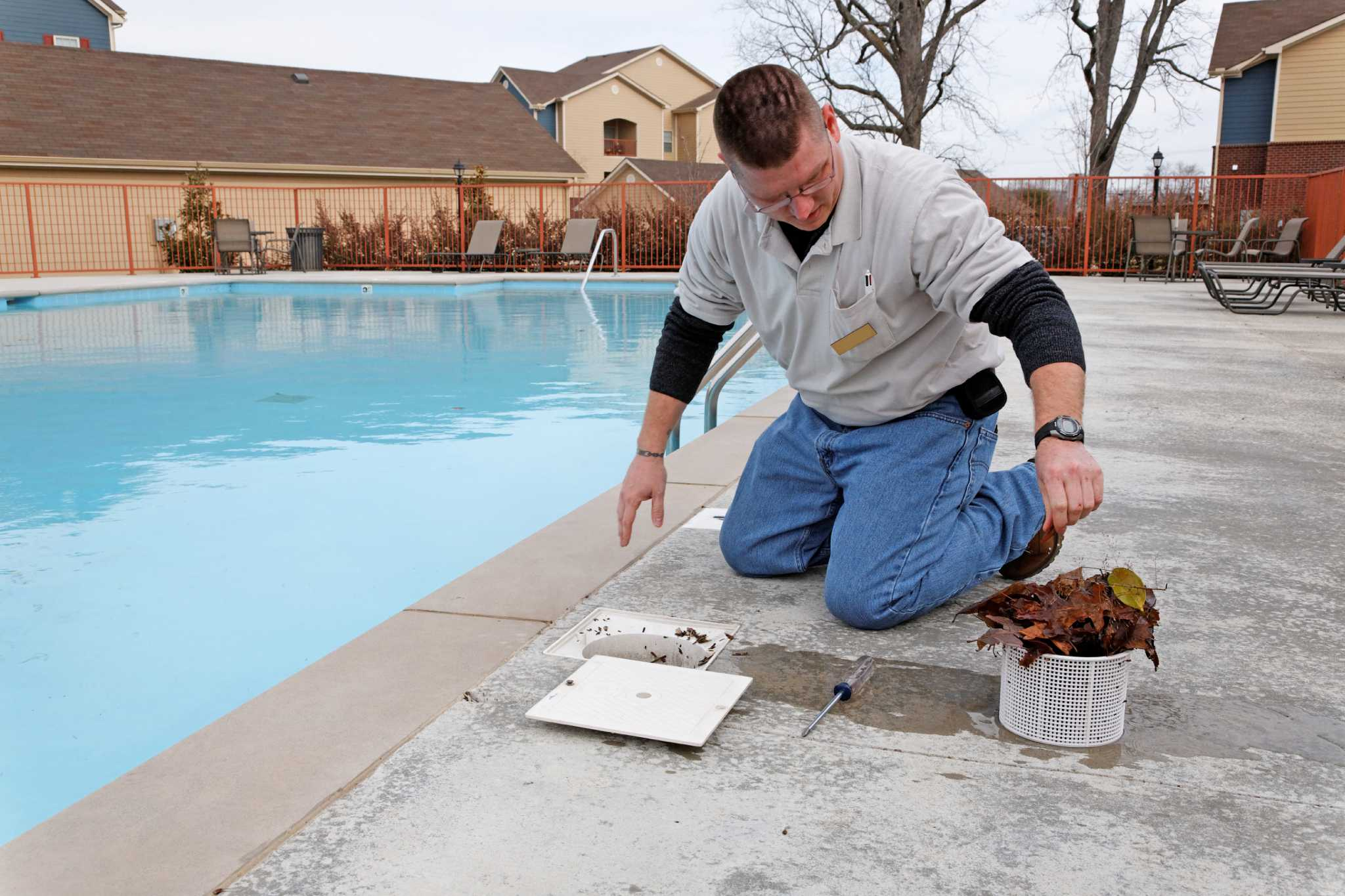 Swimming Pool Care Repair Offer Wave Of Job Potential Houston Chronicle