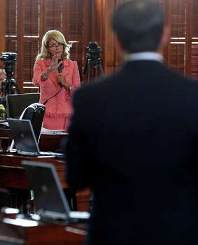 Wendy Davis (D- Fort Worth) argues against the bill as the Senate debates passage of abortion legislation on July 12, 2013. Photo: TOM REEL
