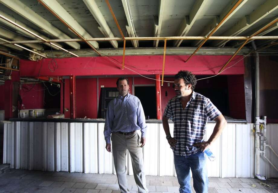 Downtown developer David Adelman and San Antonio-native and television star Ricardo Chavira are working to redevelop the former Taco Land.