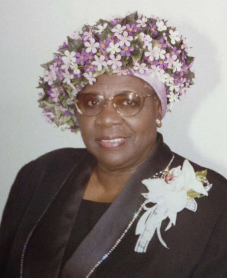 Alberta Smith is remembered as an open-hearted pillar of New Light Baptist Church.