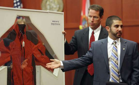 July 3, 2013 –  Florida Department of Law Enforcement Crime Lab Analyst  Anthony Gorgone testifies that little of either man's DNA was found on the other, which suggests a prolonged fight has not taken place. Photo: Orlando Sentinel, Jacob Langston, Pool