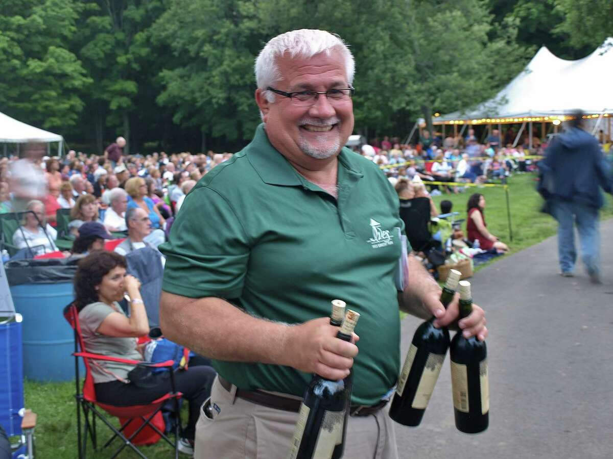 Were you SEEN at the Tony Bennett concert at the Ives Center on July 13th?