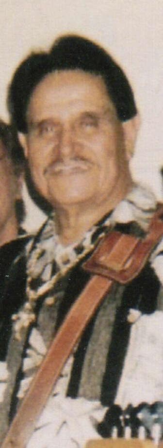 Raul M. Sanchez most recently played bass guitar for Henry Zimmerle y Su Conjunto San Antonio.