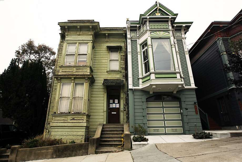 This Victorian house at 709 Lyon St., San Francisco, faced a lead paint enforcement action in 2013. The following slideshow lists San Francisco neighborhoods with the greatest risk of lead exposure, according to a new study based on research by the Washington State Department of Health. Photo: Rohan Smith, The Chronicle