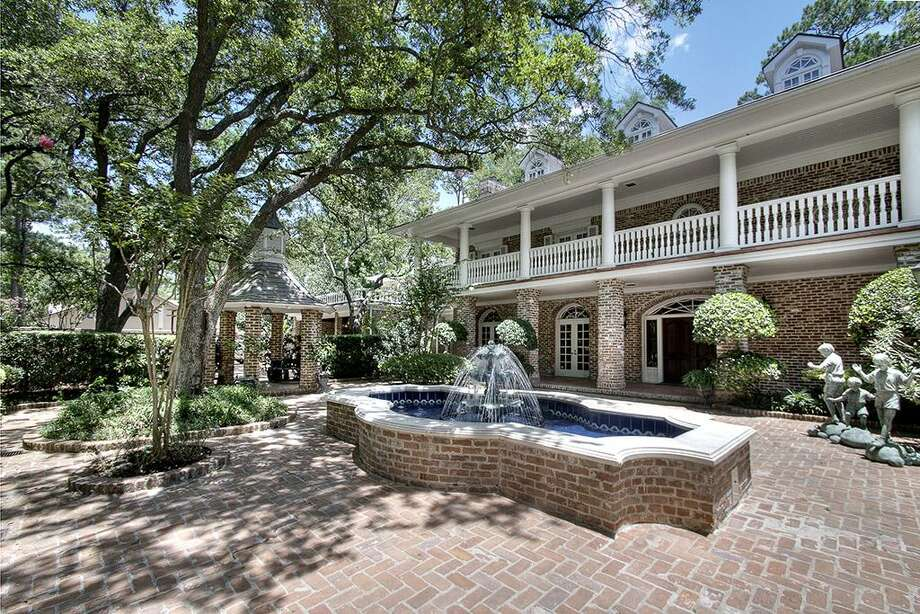 No words can describe the exquisite finishes in this River Oaks styled home.